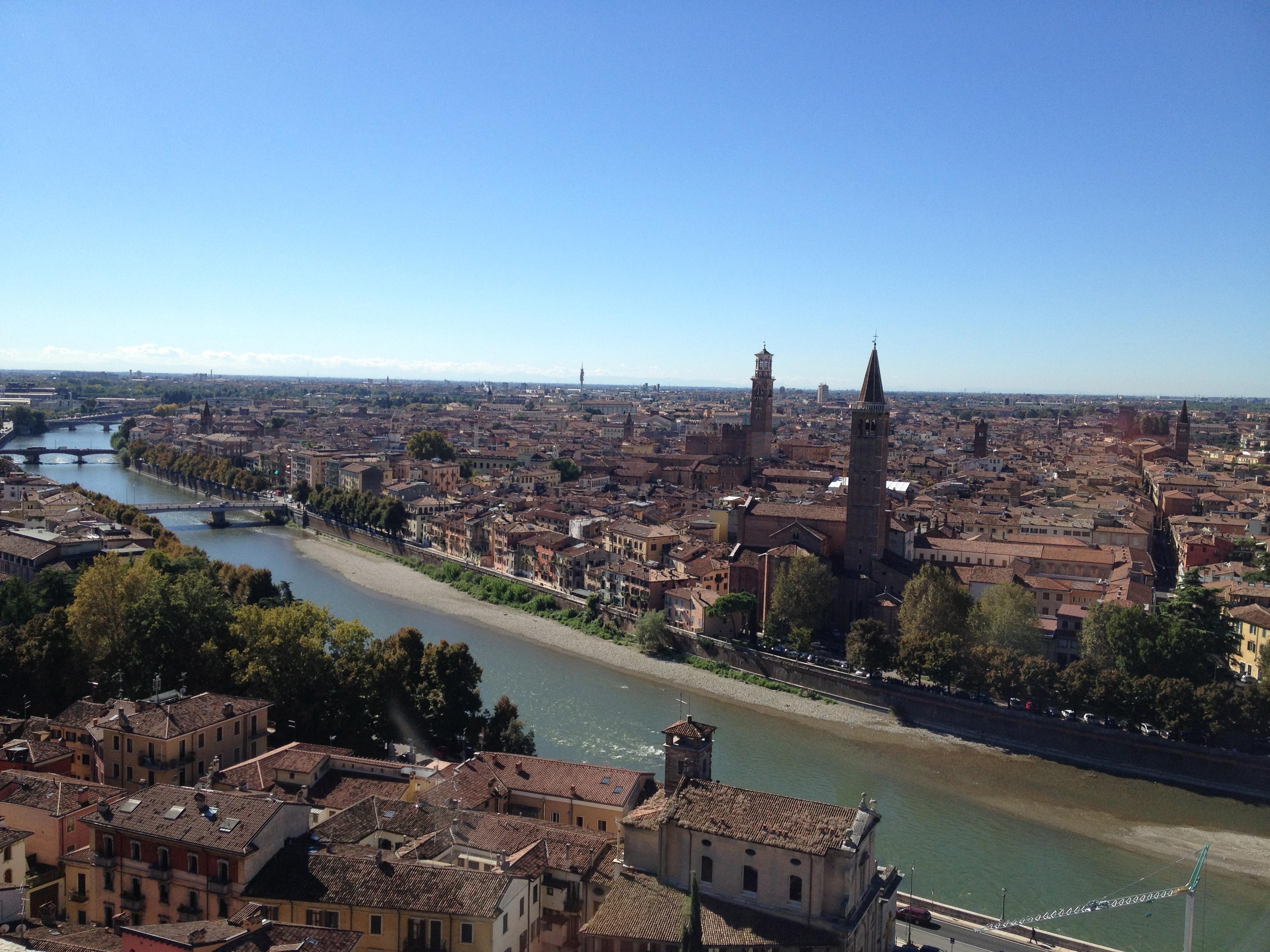 Ihana Verona/ Lovely Verona