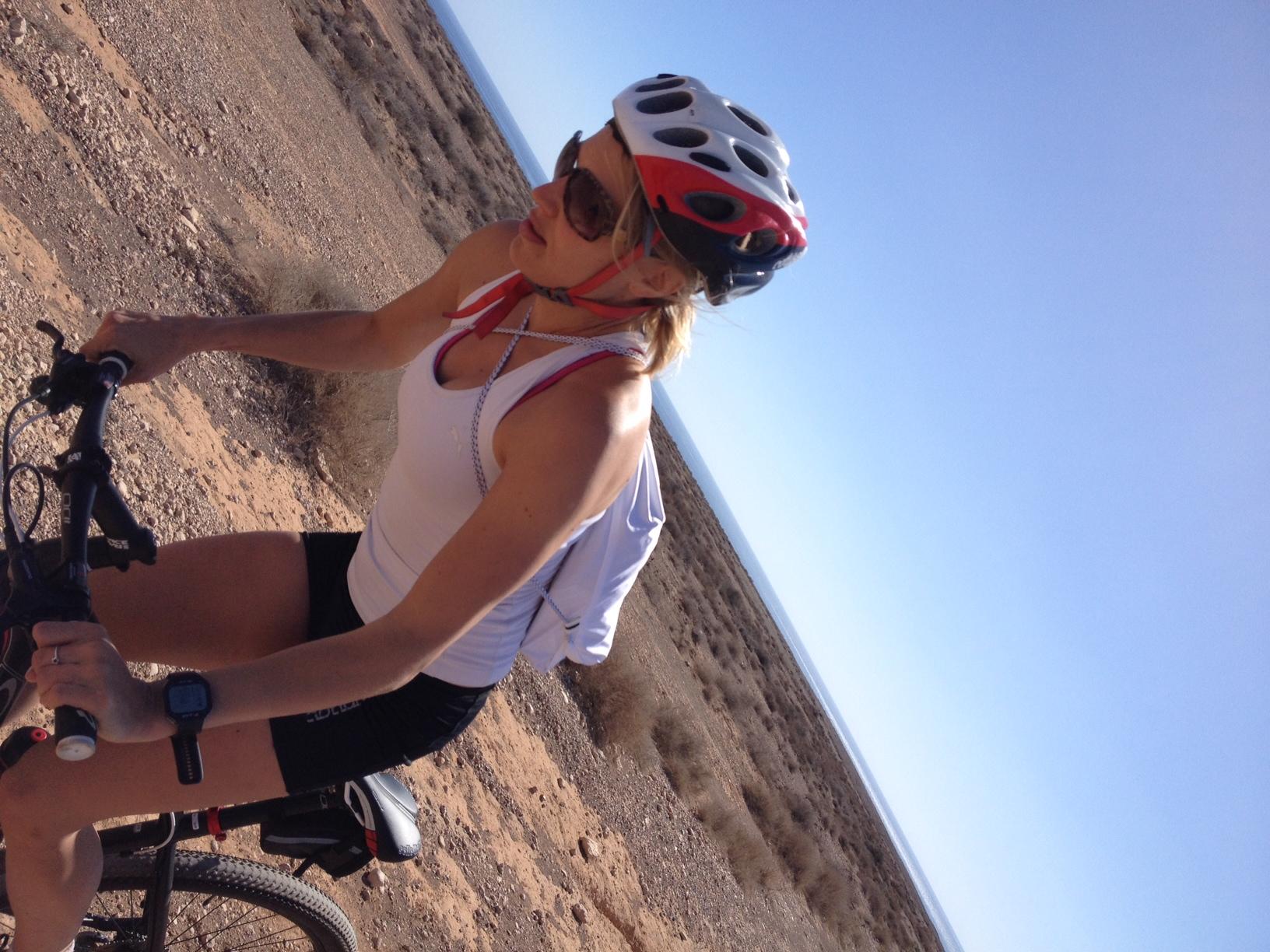 Maastopykäilyä/Mountain biking