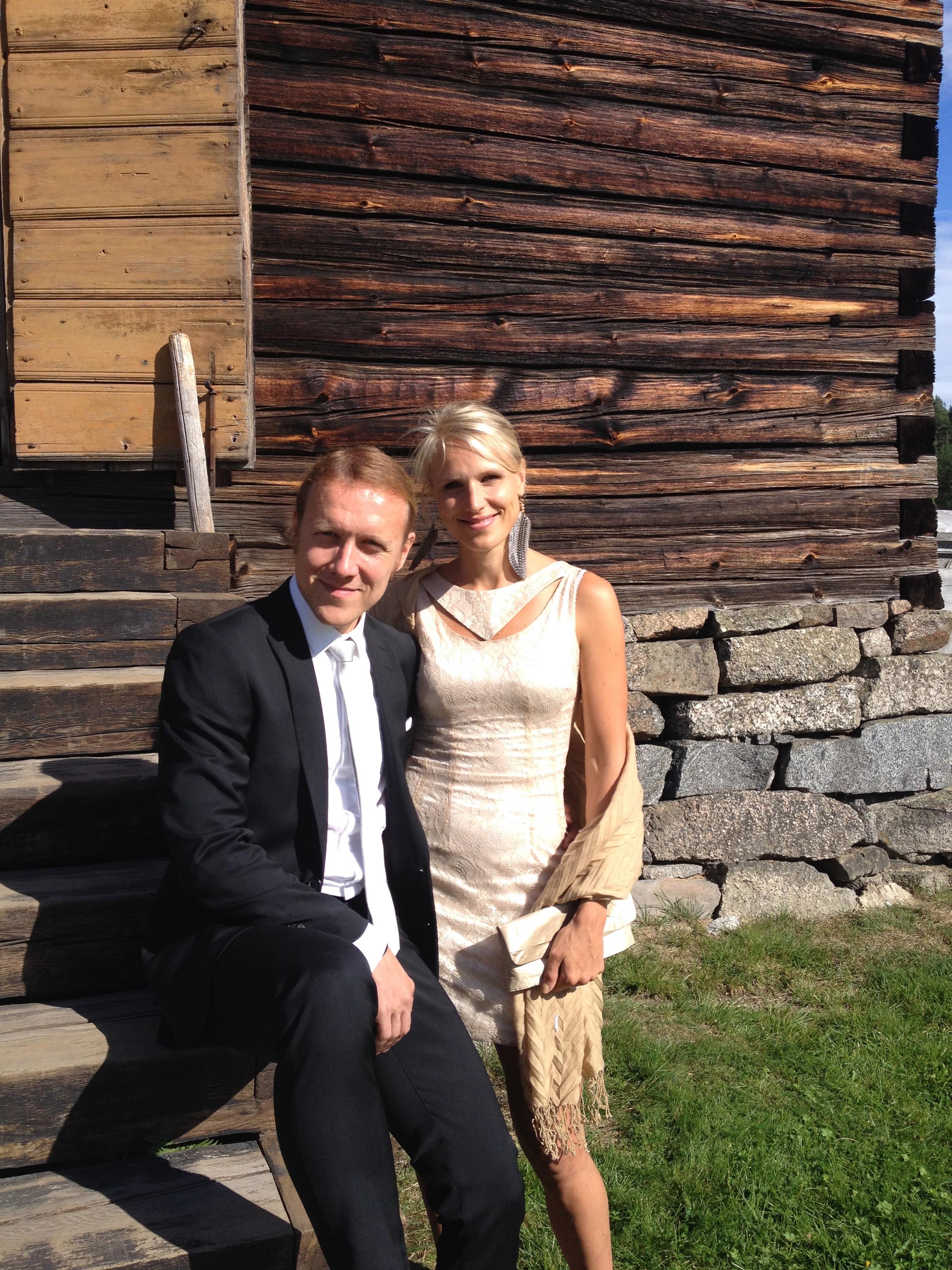 Rakkautta todistamassa/ At a wedding
